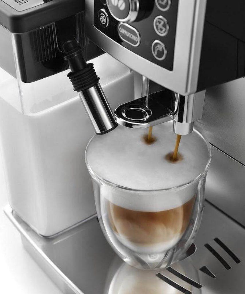 Nenechte se zmást. Neodolatelné cappuccino vypadá přesně tak, jako na produktových fotografiích výrobce.
