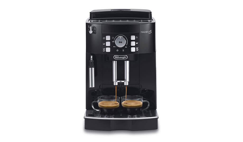 Automatický kávovar DeLonghi Magnifica S ECAM 22.110.B s trystkou na šlehání mléka