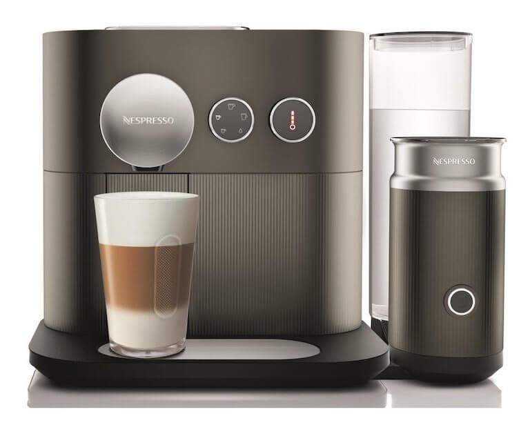 Za kapslový kávovar značky Nespresso si připlatíte.